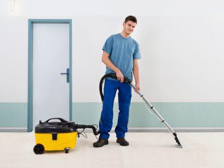 Polster- und Teppichreinigung